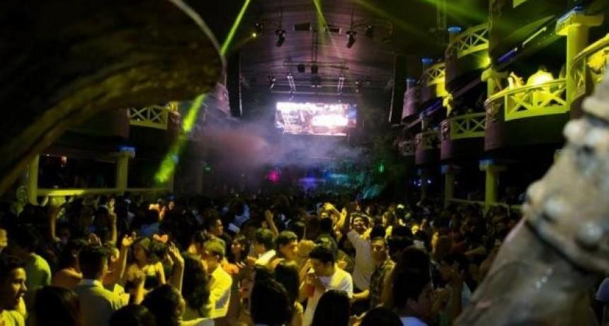 Los espectáculos bailables nocturnos tendrán continuidad en Federal