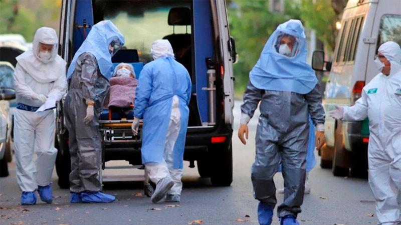 Confirmaron 235 muertes y 6.840 nuevos contagios de covid-19 en el país