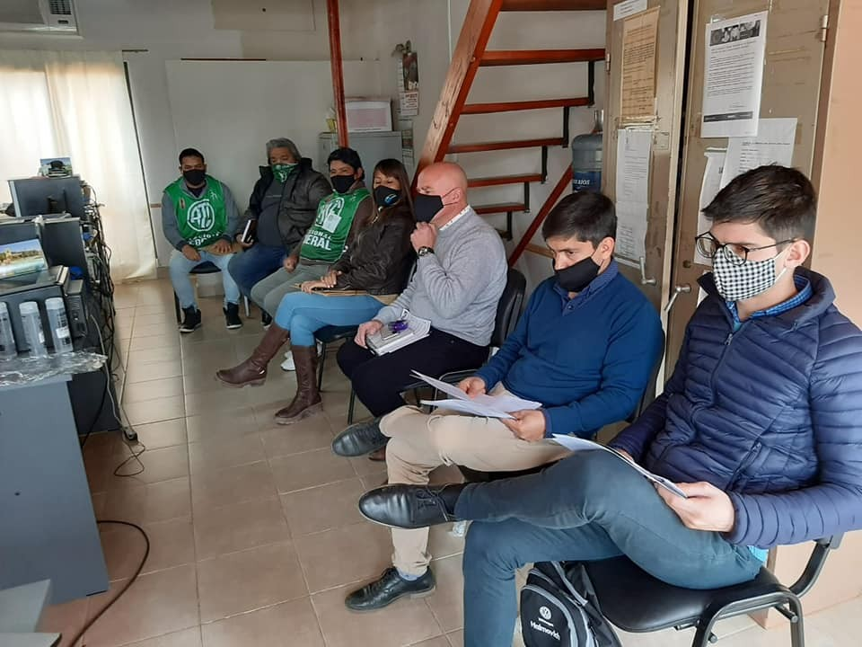 Nuevo encuentro y sin acuerdos por la problemática de los municipales de Sauce de Luna