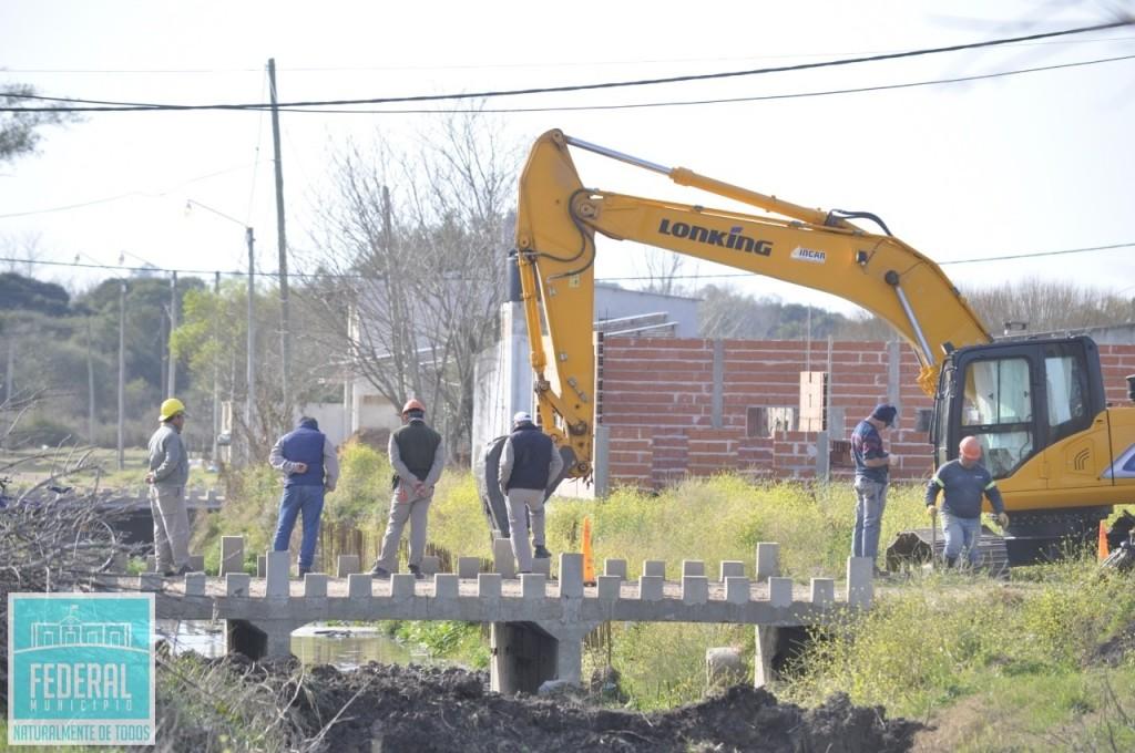 Se retomo la obra de sistematizacion de Cañada los Tigres en Federal