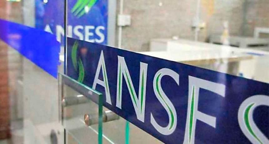 Quiénes cobran este lunes los beneficios de ANSES