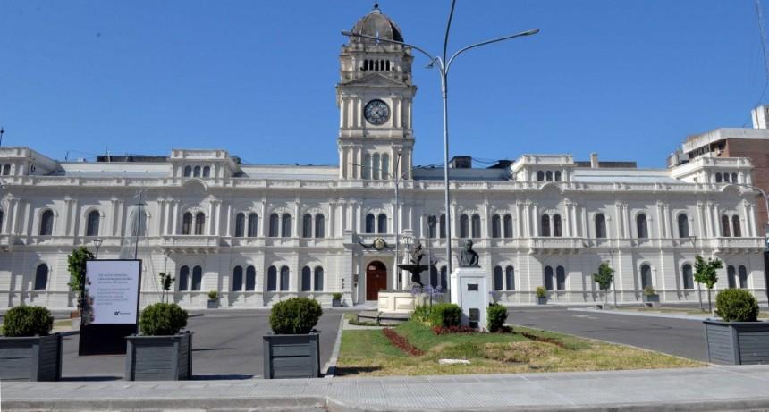 Pago a activos y jubilados provinciales: Esta semana cobrarán hasta $75.000
