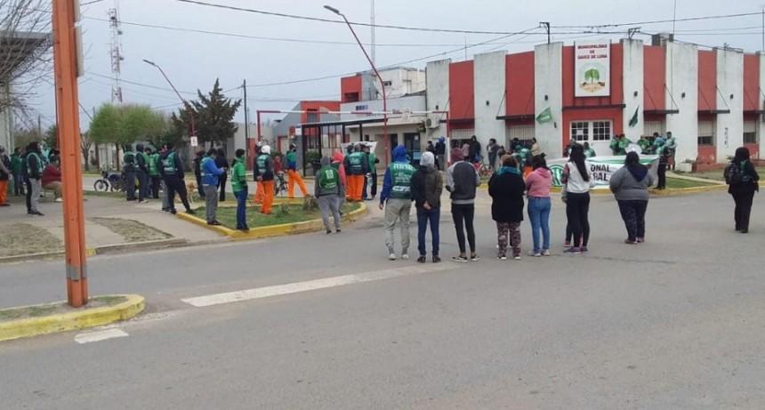 Se abre una mesa de negociación en la Municipalidad de Sauce de Luna
