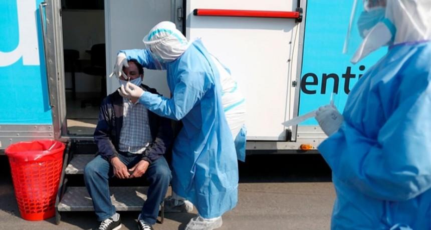 Se registraron 8225 casos de covid-19 en Argentina y se marcó un nuevo récord