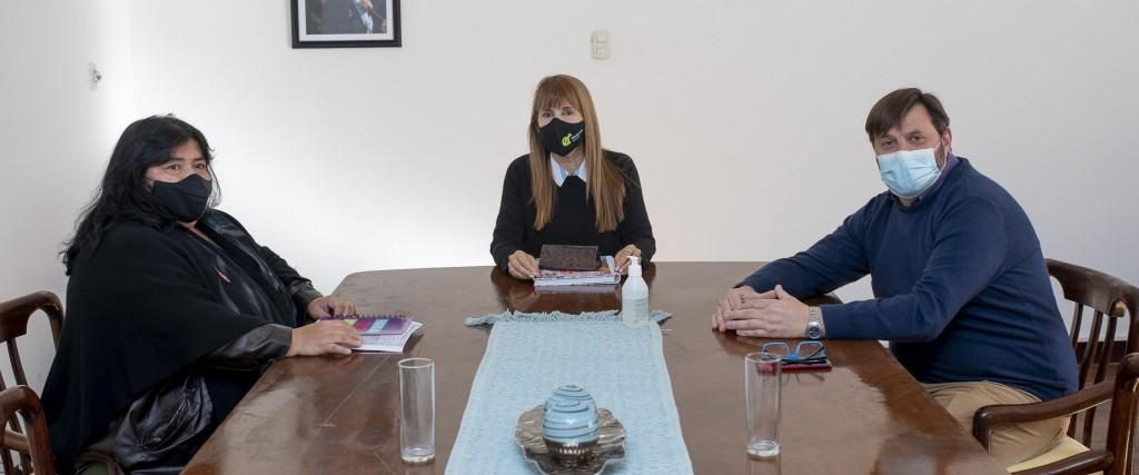 La ministra de Salud desarrolló una importante agenda de trabajo con la senadora Miranda