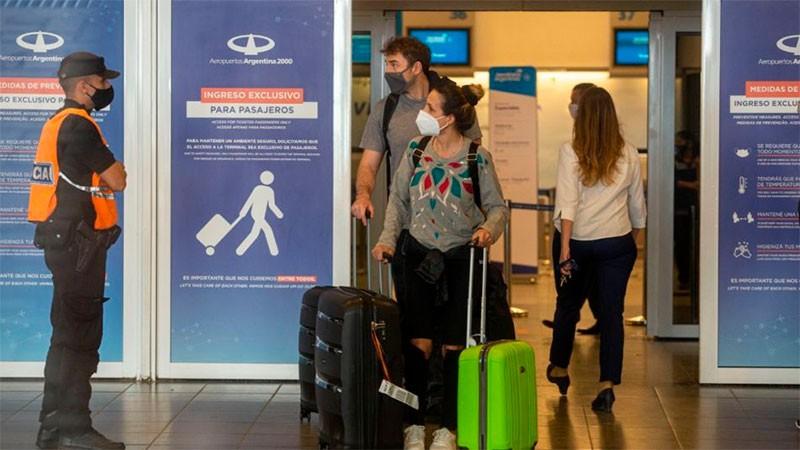 Apertura de fronteras: autorizarán el ingreso de turistas uruguayos y chilenos