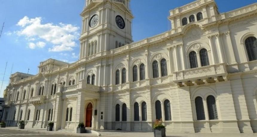 Retoman el pago de haberes con aumento a estatales entrerrianos