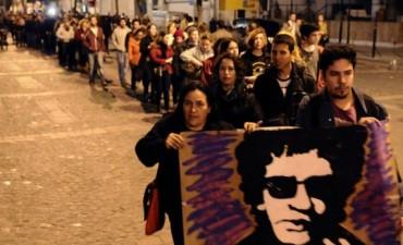Miles de personas despiden los restos de Cerati en la Legislatura