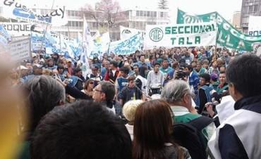 El paro y movilización de los trabajadores públicos de Entre Ríos