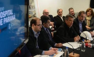 El Ministro Ramos defendió la sociedad de Estado creada para administrar el nuevo hospital