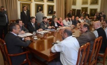 Sergio Urribarri acordó asistencia a los sectores rurales