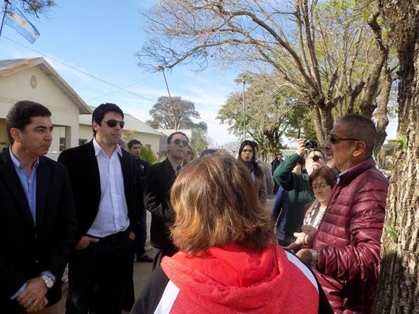 En su visita a Federal Jose Luis Panozzo recibió duros reclamos de Agmer