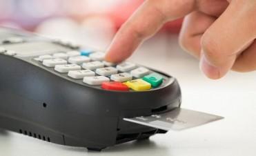 Media sanción a la rebaja en las comisiones de las tarjetas