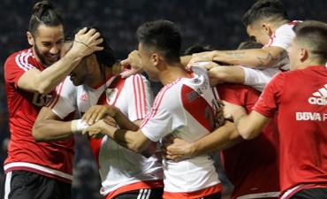 River le ganó a Talleres en Córdoba y es líder con puntaje ideal