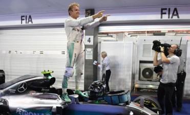 Fórmula 1: Nico Rosberg ganó el Gran Premio de Singapur y es el nuevo líder del campeonato mundial