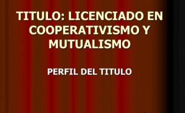 Acto formal de inicio de clases de la Carrera de Cooperativismo y Mutualismo