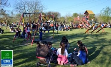 El Municipio junto con la Juventud propiciaron distintos espacios de diversión