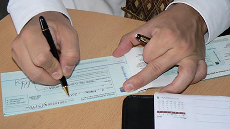 Buscan prorrogar el Impuesto al Cheque pero sin cambios en la coparticipación