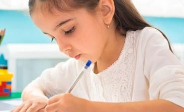 Cómo acreditar la escolaridad para cobrar la ayuda anual