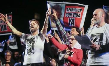 """En masiva marcha, familiares de Maldonado pidieron que Bullrich """"de un paso al costado"""""""