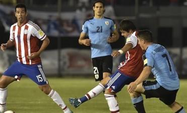 Uruguay se aferra al Mundial tras un importante éxito en Asunción