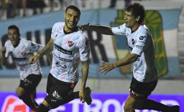 Patronato logró su primera victoria en la Superliga ante Argentinos
