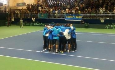 Del cielo al infierno: a casi un año de ganar la Copa, Argentina descendió en la Davis