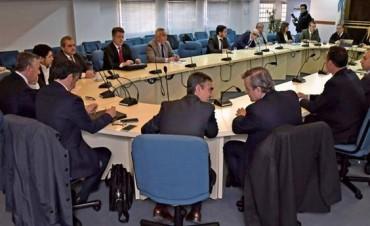 Las provincias advertirán a la Corte que no podrán pagar sueldos