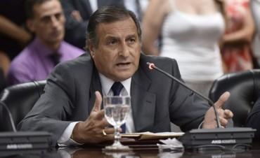 Renunció el presidente de la bancada de Cambiemos en el Senado