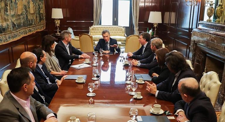 Confirmado: Macri redujo a 10 los Ministerios