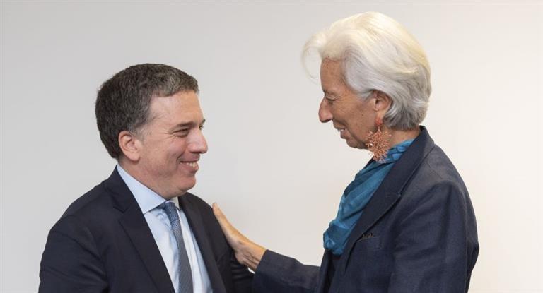 El futuro del dólar: qué discuten el FMI y el Gobierno por estas horas