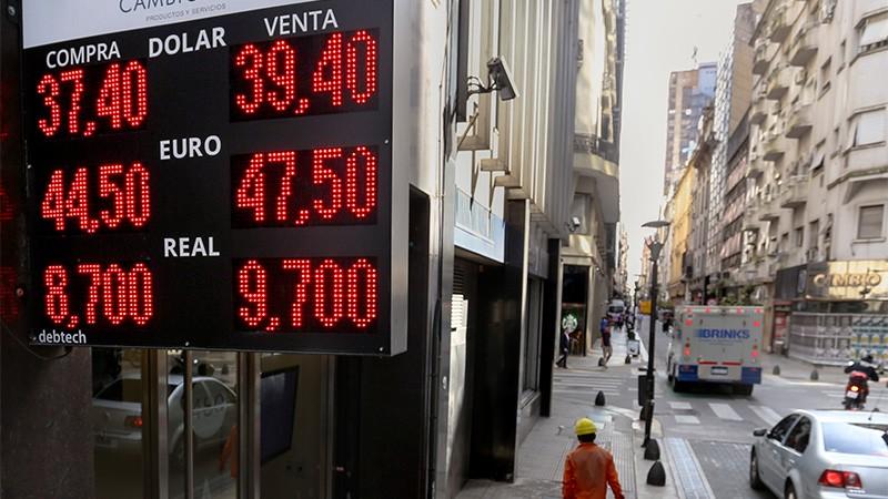 Dólar: Cómo funcionará el novedoso sistema de bandas cambiarias