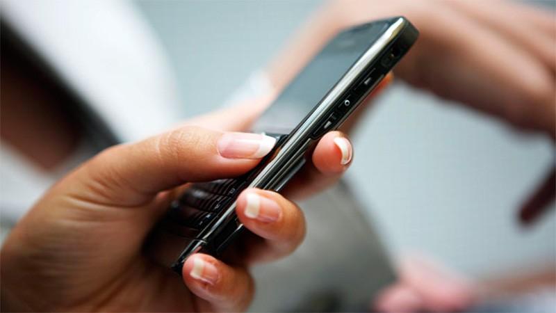 Lo que hay que saber para traer celulares y laptops de afuera sin pagar extra