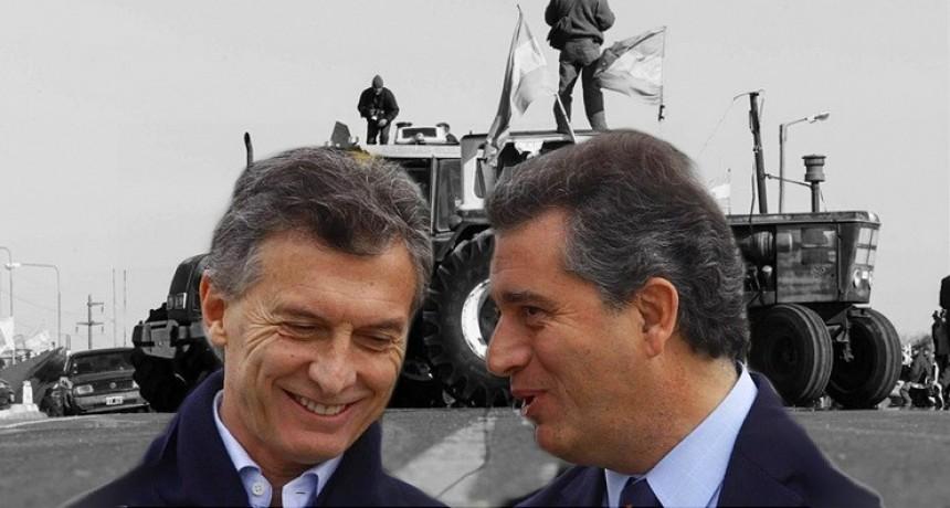 """La traición de Etchevehere: avaló retenciones y suspendió """"sin aviso"""" las exportaciones de soja"""