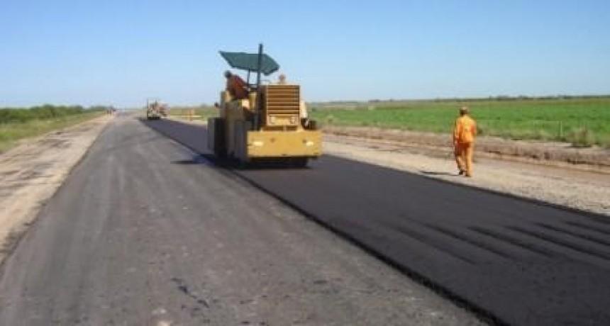 Concejales de Federal reclaman para que se continúen las obras en la Ruta Nacional N 127 .