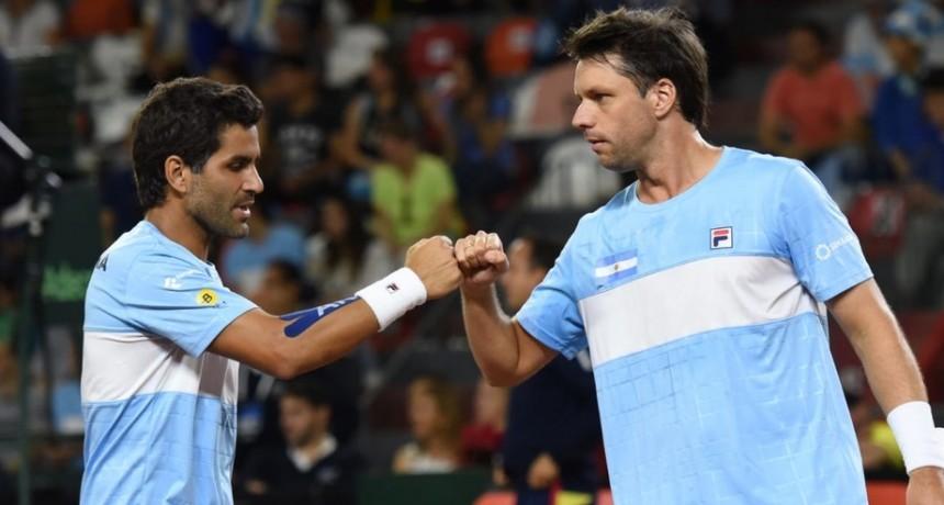 Copa Davis: Argentina se despertó a tiempo para ganar el dobles y barrer a Colombia
