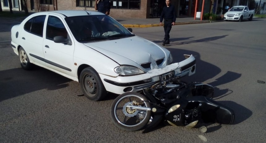 Accidente de transito con lesionada sin mayor gravedad