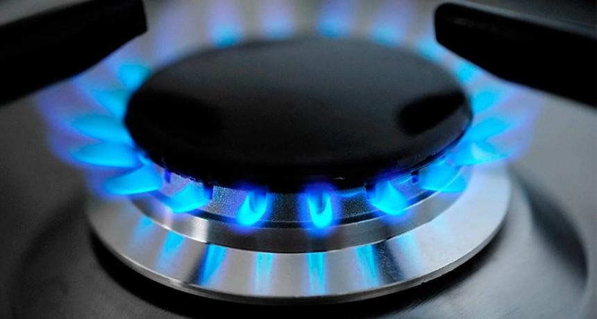 El gas sube la próxima semana y ya analizan otro aumento para enero