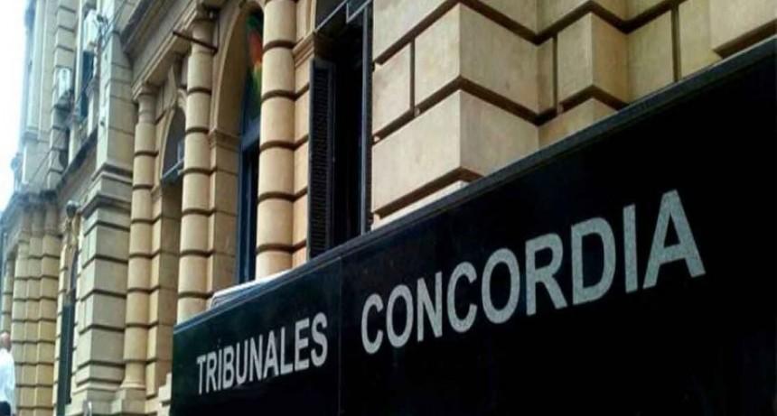 Escuela de Concordia se presentó en tribunales y tomó contacto con la comunidad israelita por el caso del alumno con brazalete nazi