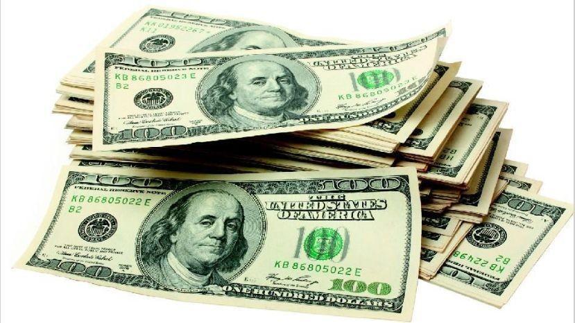 Desde las PASO, la gente sacó de los bancos el 25% de los depósitos en dólares