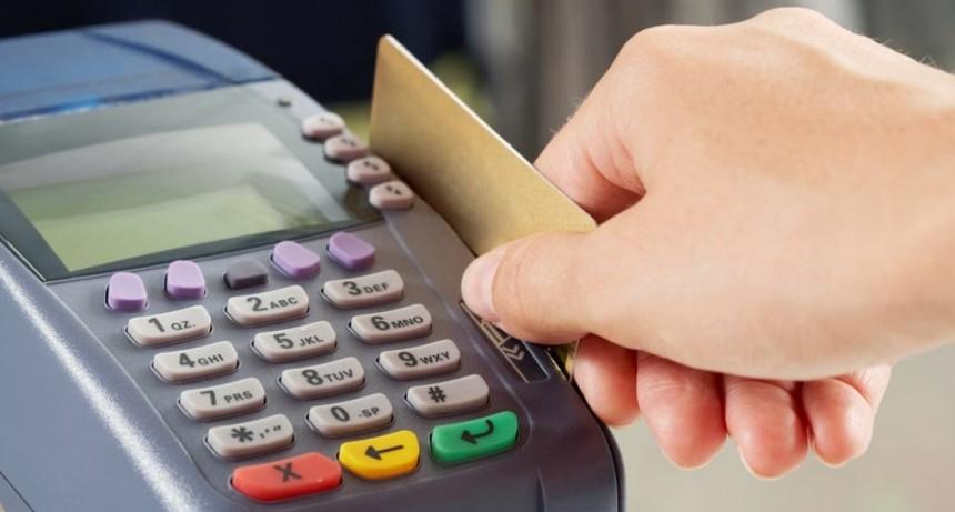 Compras en dólares con la tarjeta de crédito: todo lo que hay que saber para enfrentar la devaluación