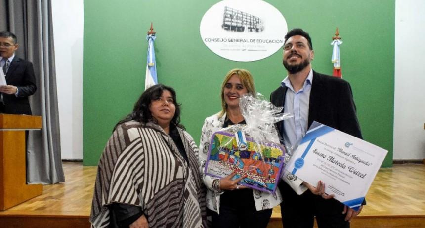 La provincia reconoció a 17 docentes con el premio provincial Manuel Antequeda