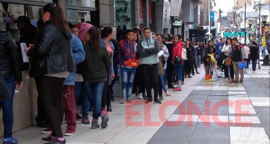 La desocupación creció al 10,6% en el segundo semestre