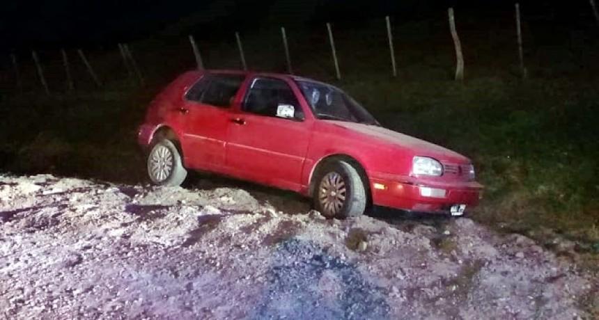 Lesionados leves por despiste de un automóvil