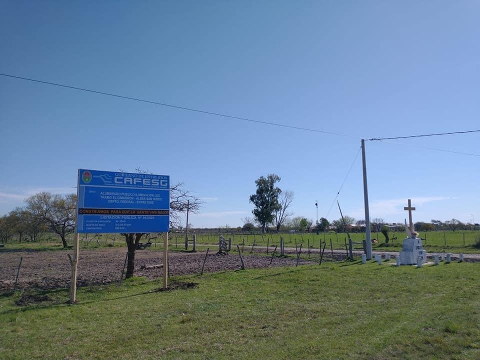 Comenzó la obra de alumbrado publico para el tramo El Cimarrón - Aldea San Isidro
