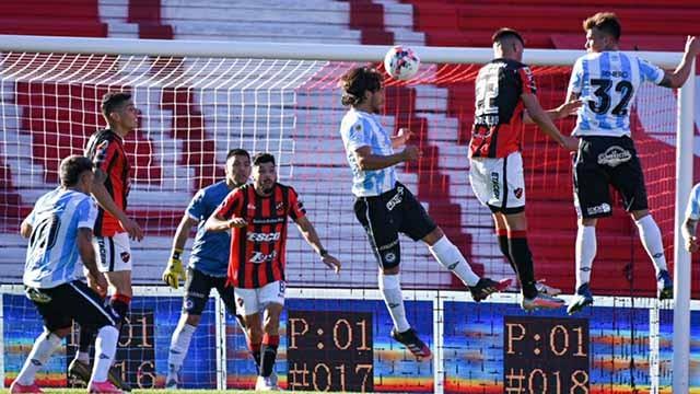 Patronato empató ante Argentinos 1 a 1 y volvió a sumar en el certamen