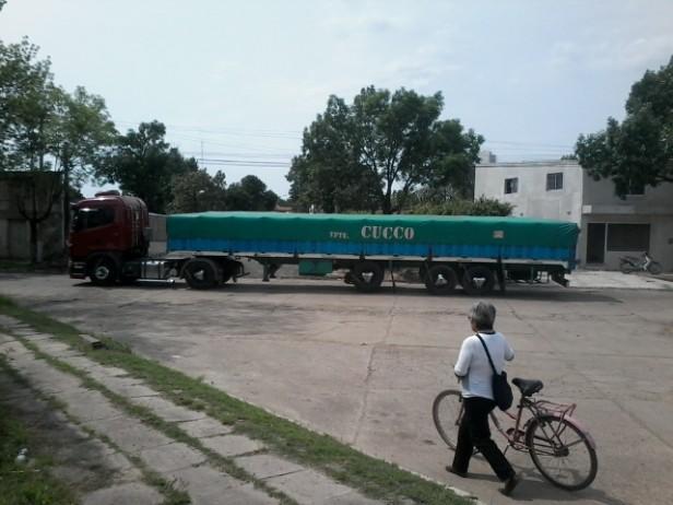 ¿El tránsito pesado, circula sin control en la ciudad?