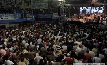 """Candidatos del PJ remarcaron """"la continuidad"""" del proyecto kirchnerista después de 2015"""