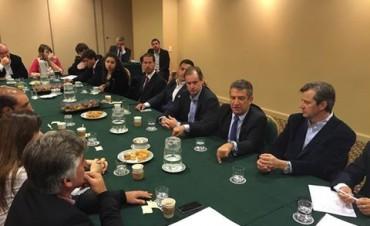 """""""Exitosa"""" es la misión empresarial e institucional a Chile"""