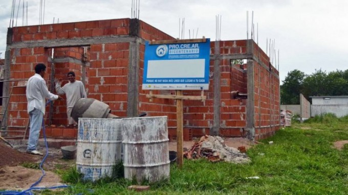 """Beneficiarios cuestionaron el """"Procrear complementario"""""""